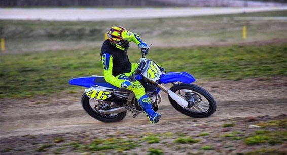 valentino-rossi-motocross-training-2016.jpg