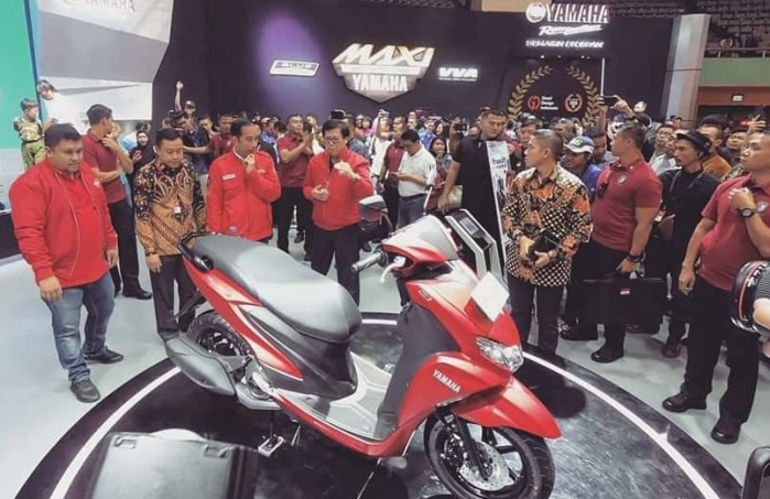 Jokowi Kunjungi FreeGo Yamaha.jpg