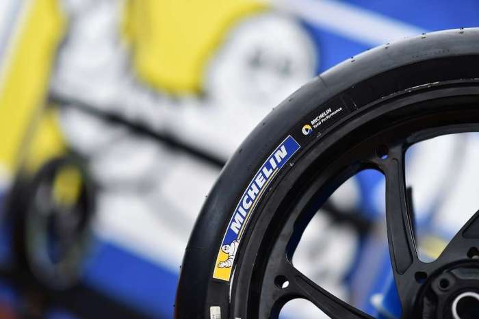16-35-40-motogp-michelin-front-tire-controversy-in-argentina