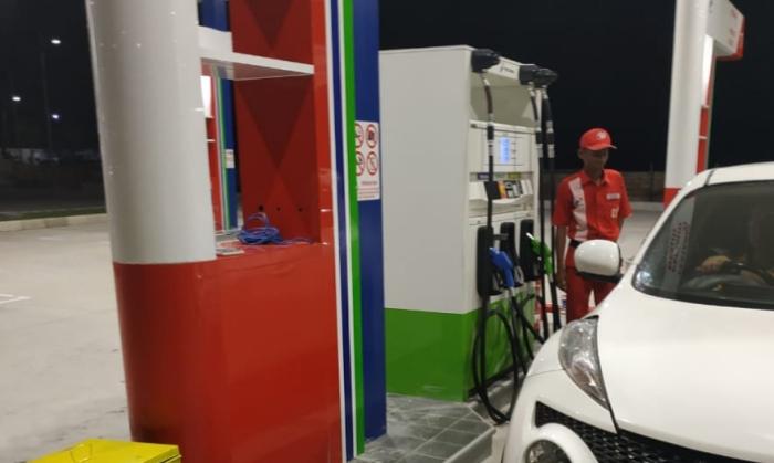 Isi BBM Tol Trans Jawa